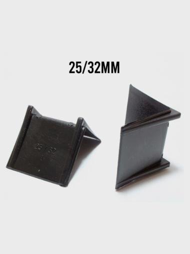 Cantoneira Plastica 25mm/32mm pct 1000 un