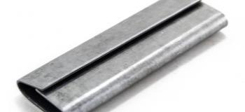 Selo metálico para fita de aço